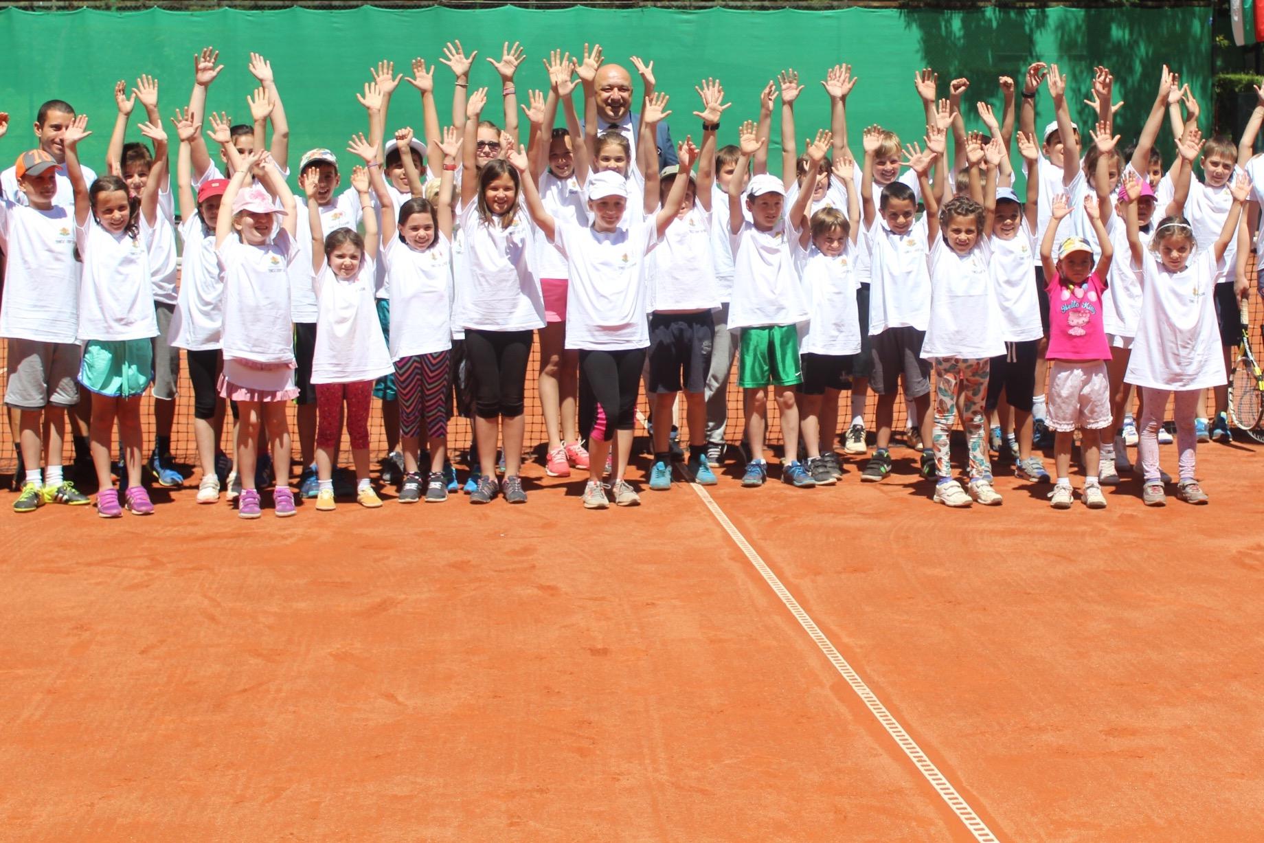 """Цветана Пиронкова ще бъде посланик на детската програма """"Тенисът – спорт за всички"""""""